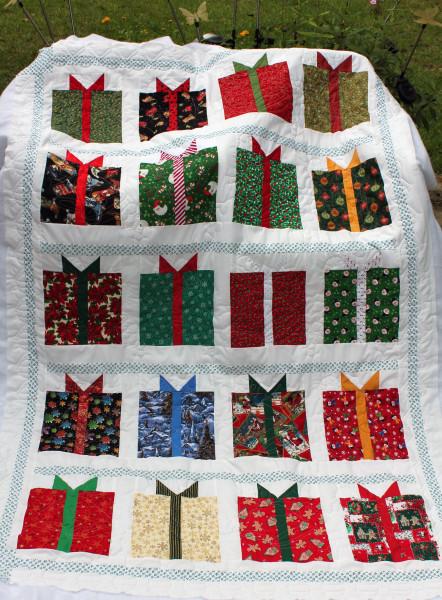 Shirley Clark Christmas Quilt