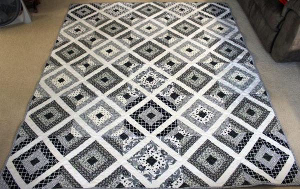 Black and White Diamonds Quilt
