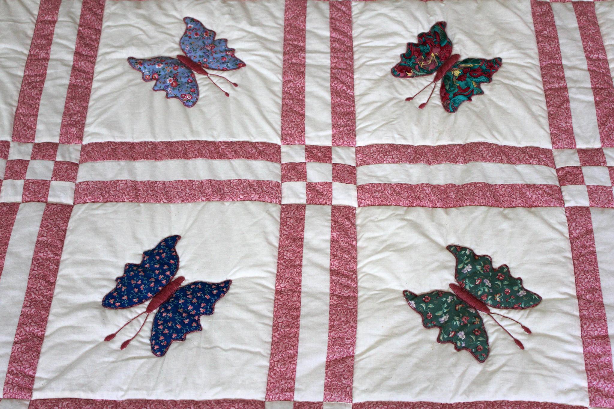 Butterfly Appliqué Quilt | Lady Bird Quilts : butterfly applique quilt - Adamdwight.com
